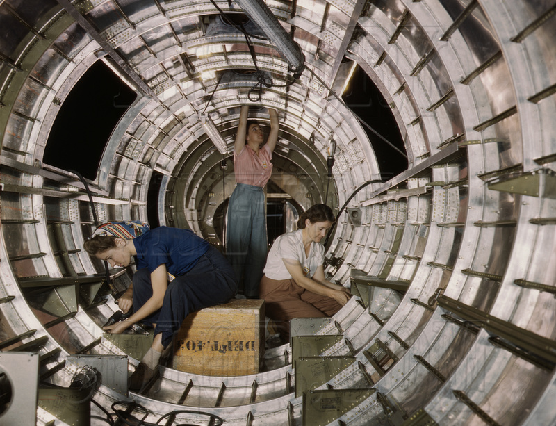 History In Full Color: Women &emdash; Women workers install fixtures on B-17 - 1a35356