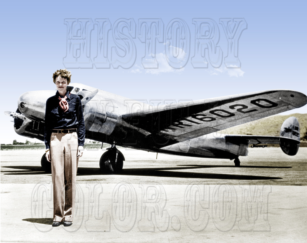 History In Full Color: Women &emdash; Amelia Earhart - GPN-2002-000211