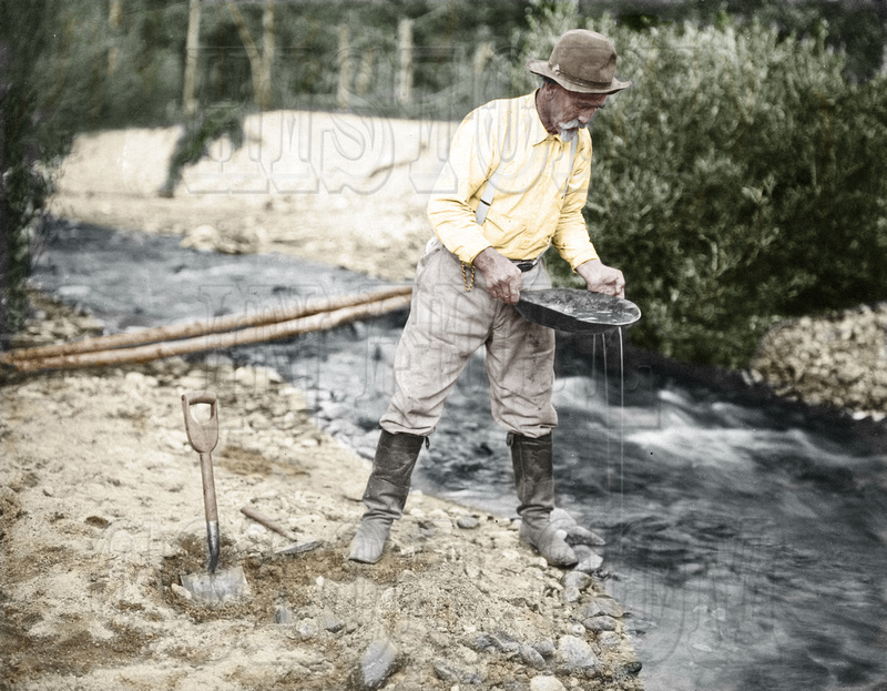 History In Full Color: Additional Colorized Images &emdash; I10049 - Idaho Gold Panner