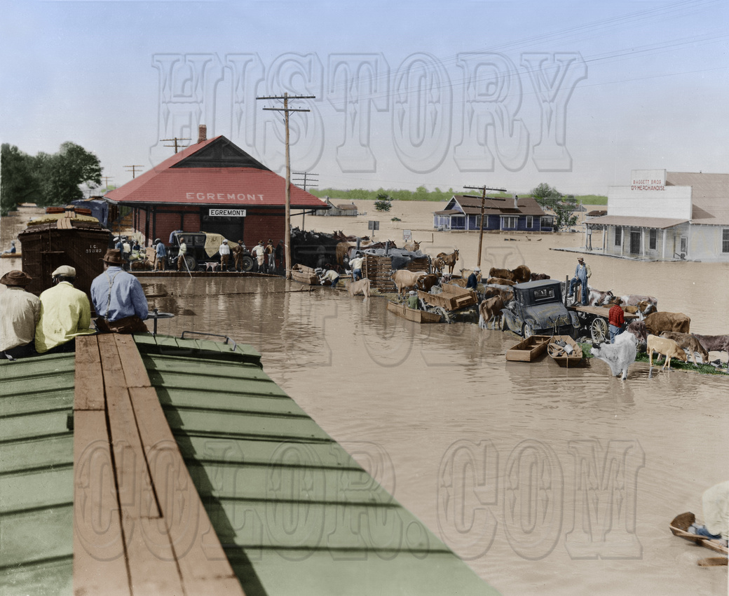History In Full Color: Trains, Planes, Auto, Ships &emdash; I10064 - Railroad Station in Egremont, Mississippi during 1927 flood