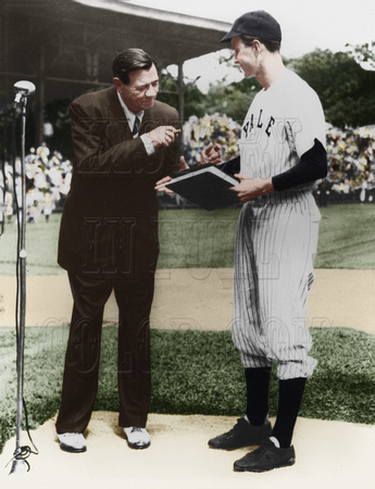 Babe Ruth with Yale baseball Captain #41 George H. W. Bush 1948 - [186375]