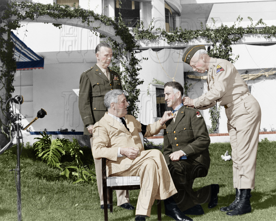 History In Full Color: Military &emdash; #26 President Roosevelt with Generals: Marshall, Wilbur (kneeling) and Patton